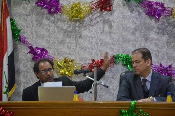 كلية الاثار تقيم محاضرة حول النشاطات العلمية للأستاذ الدكتور عباس علي عباس الحسيني
