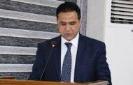 الاستاذ المساعد الدكتور محمد كامل روكان عميد كلية الاثار يوجه كلمة بمناسبة اليوم العالمي للتعليم