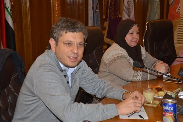 رئيس جامعة القادسية يلتقي رئيس جامعة بولونيا ويبحث سبل التعاون العلمي المشترك بينهما