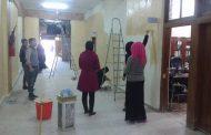 من جديد طلبة كلية الهندسة يبادرون بعمل تطوعي لصبغ بناية الكلية