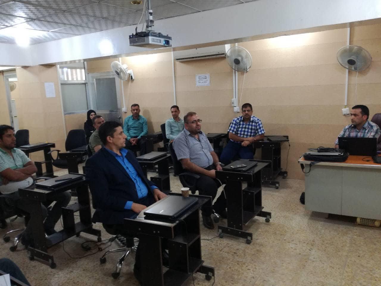 كلية الهندسة تنظم ورشة عمل بعنوان ( برنامج الغيابات المركزي )