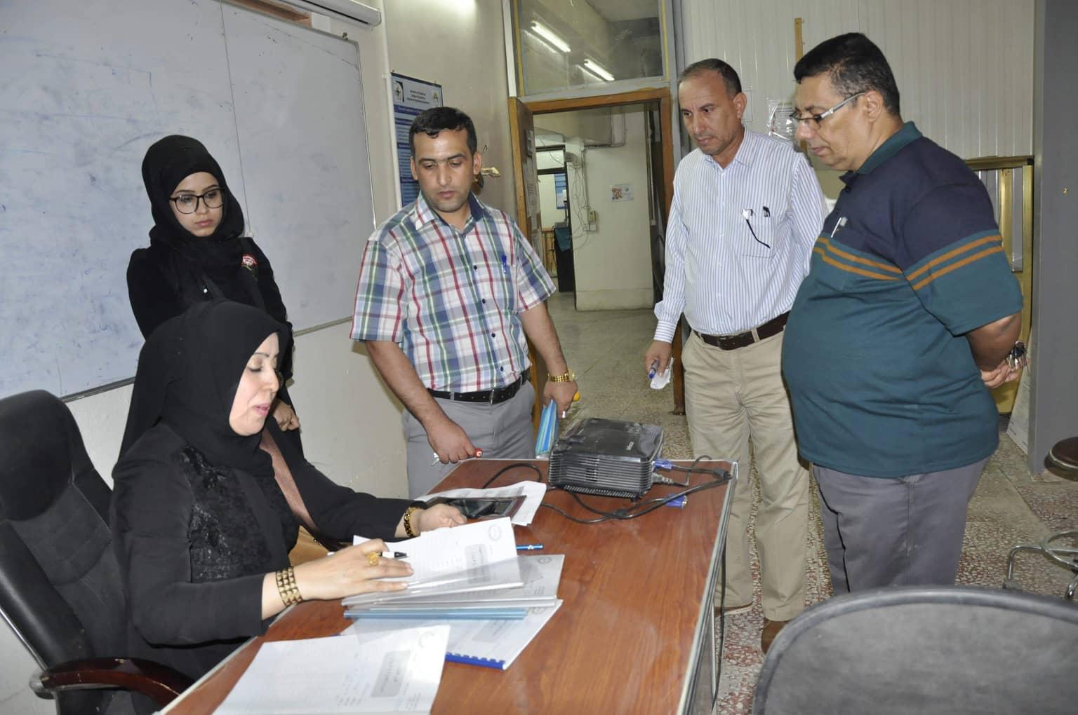 لجنة الجودة في رئاسة الجامعة تزور كلية الهندسة