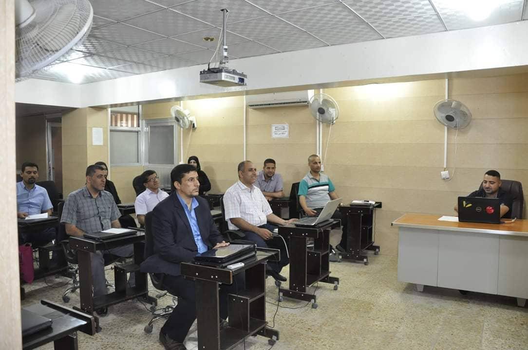 كلية الهندسة تنظم دورة حول برنامج الغيابات المركزي