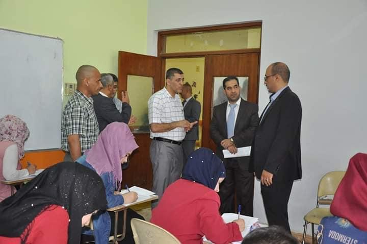 تفقد لجنة الاشراف التقويمي الوزاري للقاعات الامتحانية في كلية الهندسة جامعة القادسية