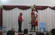 كادر مسرحية ( سلة شكسبير ) يحصد جوائز مهرجان المسرح التجريبي الاول لكلية الفنون الجميلة