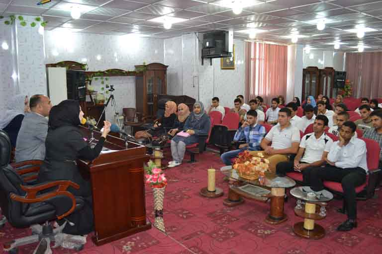 لقاء العميد مع الطلبة (19)