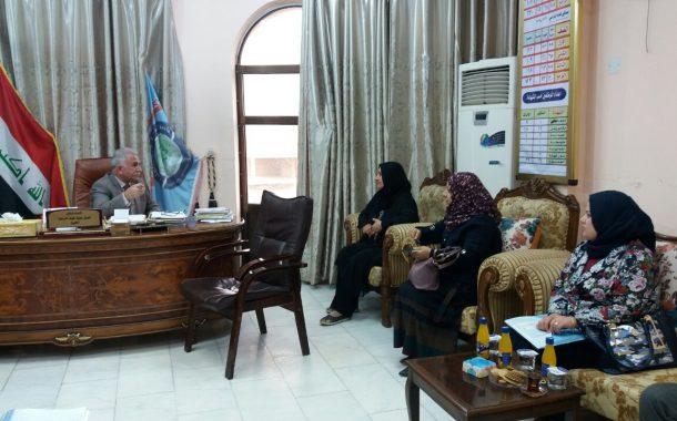 السيد عميد كلية العلوم يعقد اجتماعا مع تدريسي الحاسبات للارتقاء بواقع الخدمات الالكترونية في الكلية
