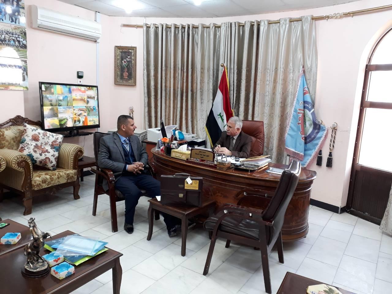 السيد عميد كلية العلوم يلتقي مسؤول شعبة ضمان الجودة