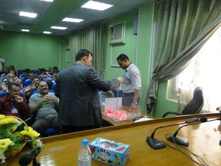 صور من انتخاب ممثل نقابة المعلمين