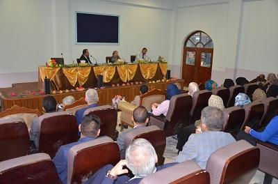 رئيس جامعة القادسية يلتقي بأساتذة كلية الآداب والتربية بنات للنهوض بالواقع العلمي الرصين