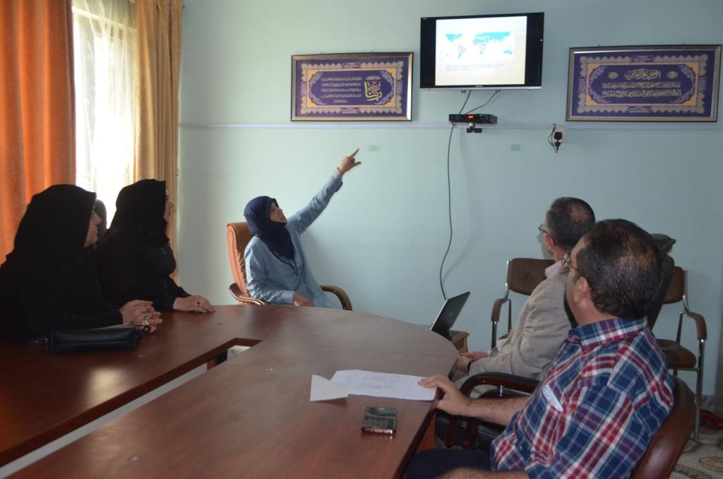 """كلية الصيدلة في جامعة القادسية تقيم حلقة نقاشية بعنوان """"زيكا فايروس"""""""
