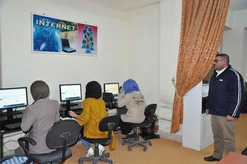 كلية الطب في جامعة القادسية تجري أمتحان اللغة الانكليزية لطلبة الدراسات الأولية الكترونيا