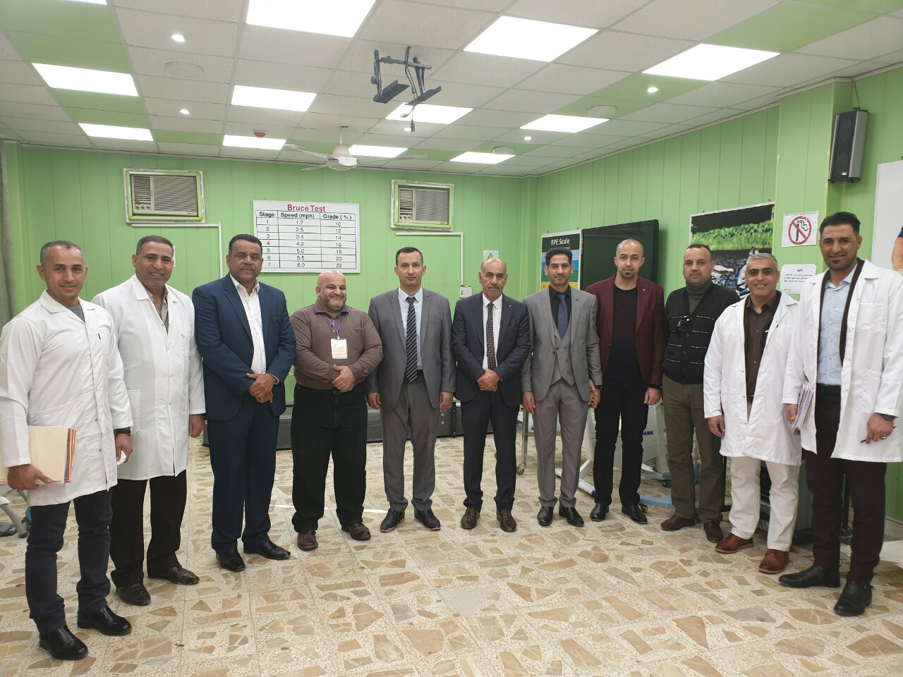 اللجنة الوزارية لتقييم المختبرات تشيد بجودة واعتمادية المختبرات في كلية التربية البدنية وعلوم الرياضة