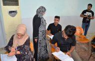 رئيس جامعة القادسية تتفقد سير الامتحانات النهائية في كليات الجامعة وتشدد على تهيئة الاجواء المناسبة للطلبة