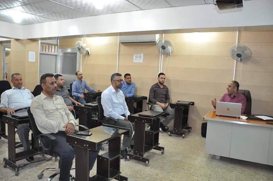 كلية الهندسة في جامعة القادسية تعقد ورشة علمية حول البوليمرات الطبية والحياتية في جسم الانسان