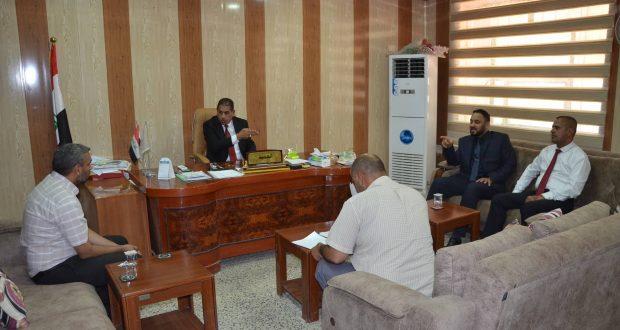 رئيس جامعة القادسية الاستاذ الدكتور كاظم جبر الجبوري يزور كلية التربية للبنات في الجامعة للاطلاع على الواقع الخدمي