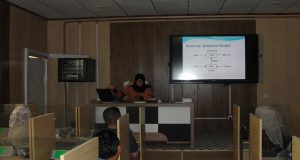 كلية الآداب في جامعة القادسية تقيم دورة تدريبية حول نظرية ما بعد البنيوية