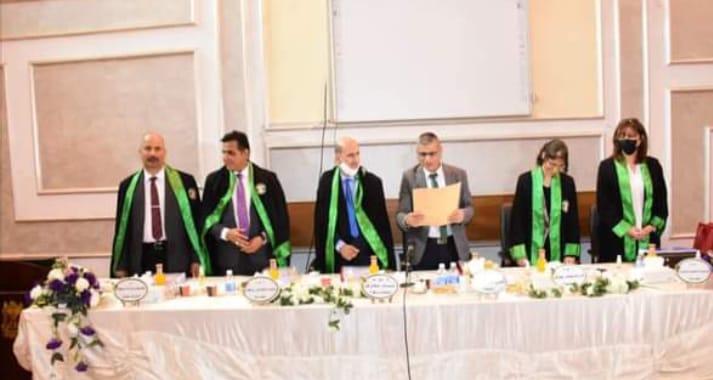 عميد كلية الاثار الاستاذ المساعد الدكتور محمد كامل روكان عضوا مناقشا في جامعة بغداد