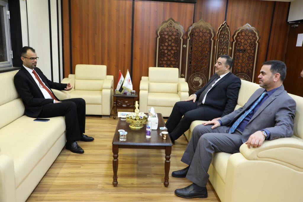 نائب رئيس اللجنة القانونية النيابية يؤكد دعمه مؤسسات التعليم وتعزيز مهامها الأكاديمية