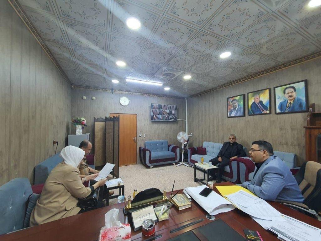 لجنة وزارية تزور كلية الفنون بجامعة القادسية لمناقشة افتتاح دراسات عليا